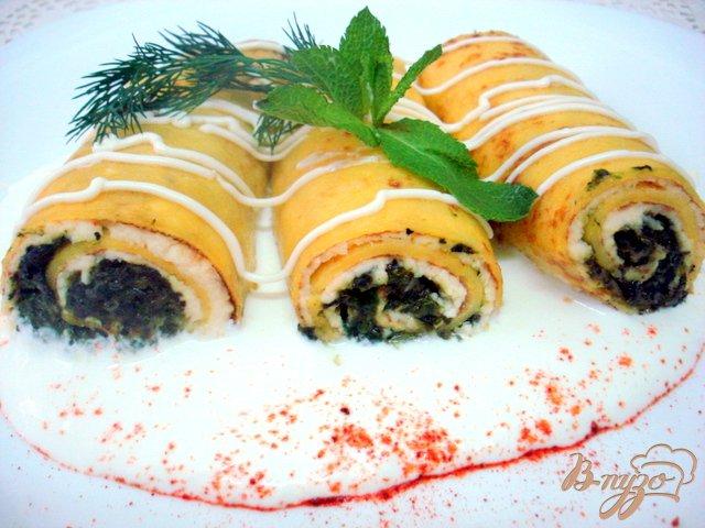 Фото приготовление рецепта: Тыквенные блинчики со шпинатом и творогом шаг №8