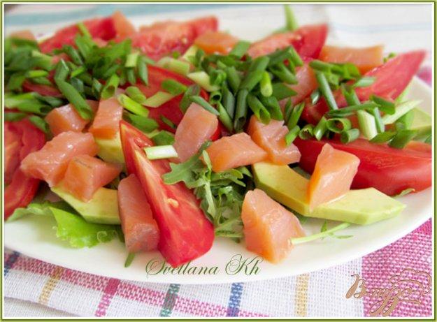Рецепт Салат из семги и авокадо