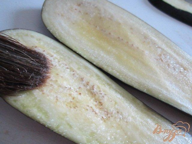 Фото приготовление рецепта: Баклажановый сендвич шаг №2