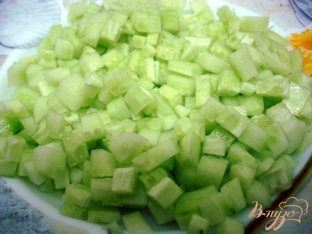 Фото приготовление рецепта: Салат из хека шаг №4