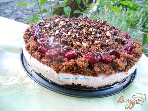 Рецепт Шоколадный кухэ с вишневым кремом