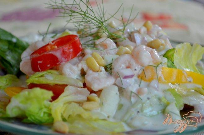 Фото приготовление рецепта: Салат не простой с креветками шаг №5