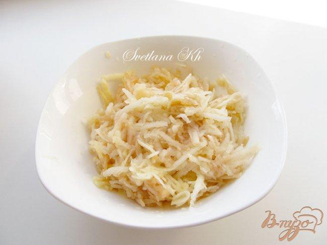 Фото приготовление рецепта: Творожник с яблоками и апельсиновой цедрой шаг №1