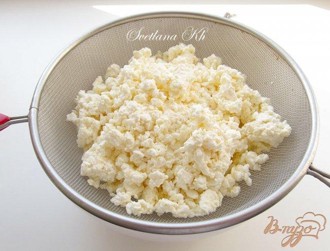 Фото приготовление рецепта: Творожник с яблоками и апельсиновой цедрой шаг №2