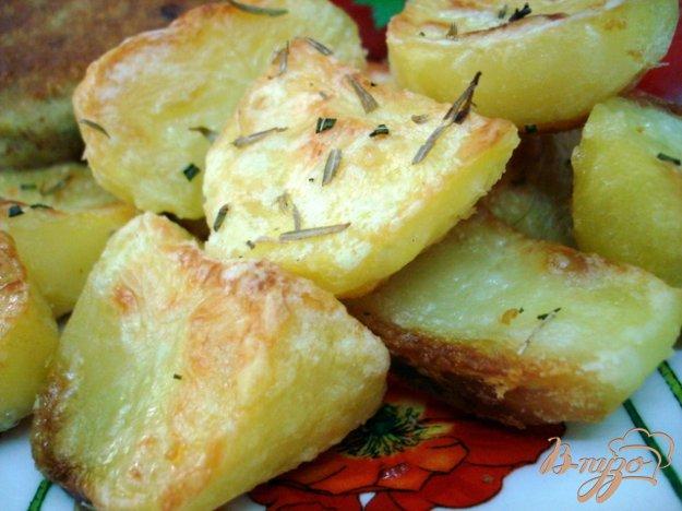 Рецепт Картофель запеченный с чесноком и розмарином