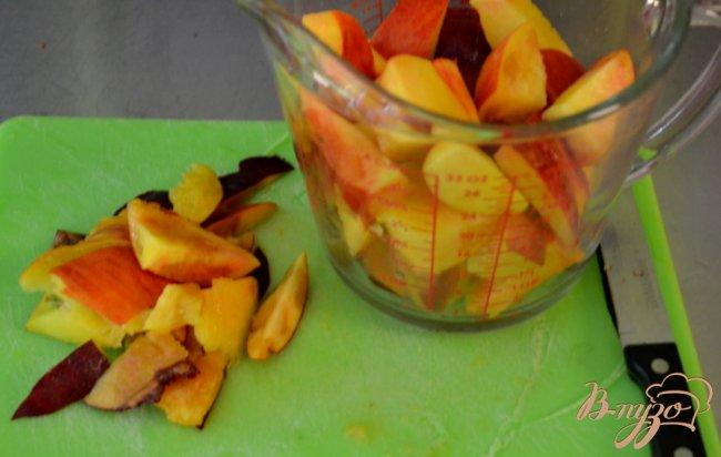 Фото приготовление рецепта: Персиковый смузи шаг №1