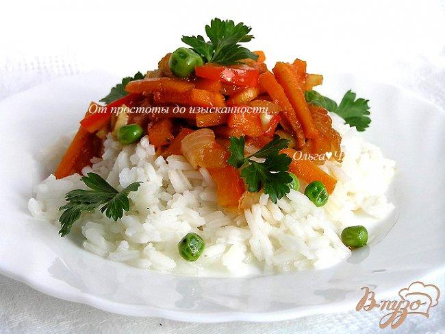Фото приготовление рецепта: Пряное овощное соте с рисом шаг №7
