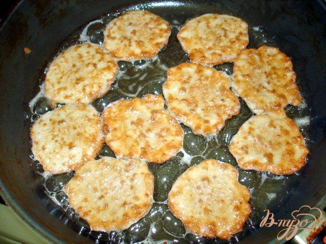 Фото приготовление рецепта: Закуска  *Чернобрывцы*  ( бархатцы) шаг №6