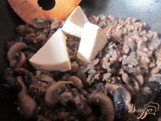 Фото приготовление рецепта: Картофельная запеканка Пармантье (Hachis parmentier) шаг №4