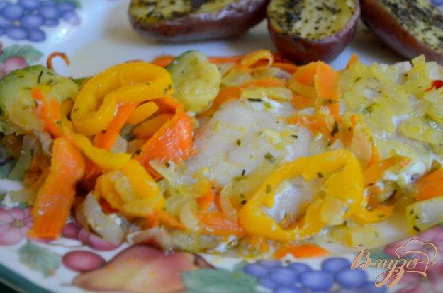 фото рецепта: Морской окунь с овощным ассорти