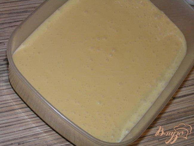 Фото приготовление рецепта: Цитрусовый бисквитный рулет шаг №5
