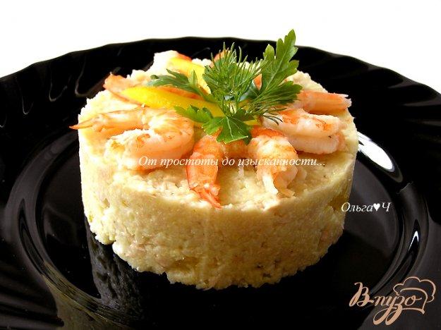 фото рецепта: Салат с пшеном, тунцом и морепродуктами