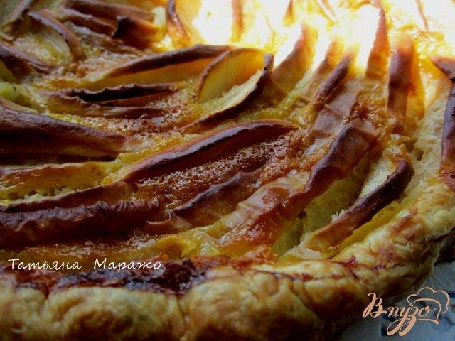 Фото приготовление рецепта: Пирог с яблоками шаг №6