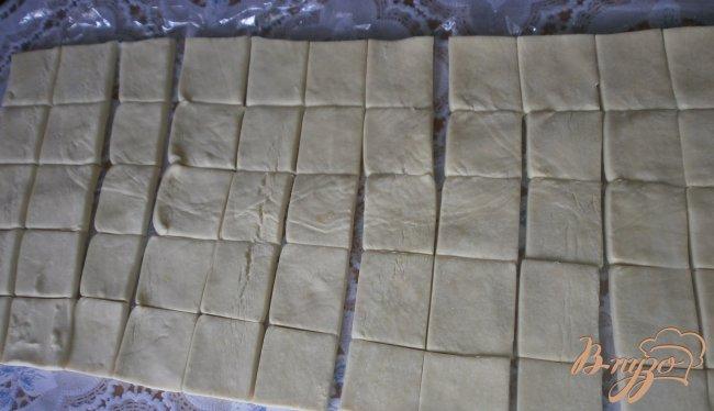Фото приготовление рецепта: Десерт из слоеного теста шаг №1