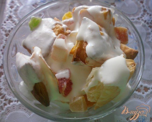 Фото приготовление рецепта: Десерт из слоеного теста шаг №5