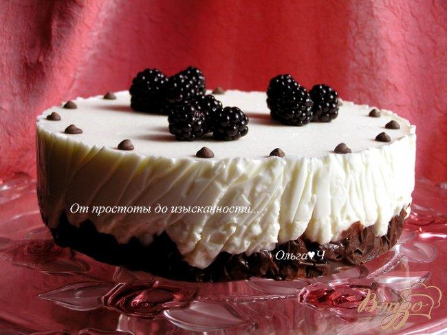 Фото приготовление рецепта: Творожно-зефирный торт с вишней шаг №12