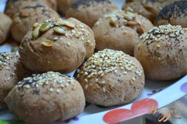 Рецепт Хлебные булочки с маком, кунжутом и семечками.