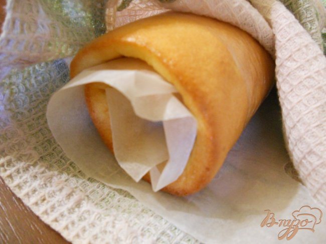 Фото приготовление рецепта: Лимонный рулет шаг №5