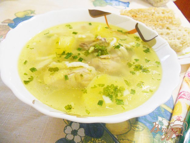 Рецепт Домашний куриный бульон с лапшой