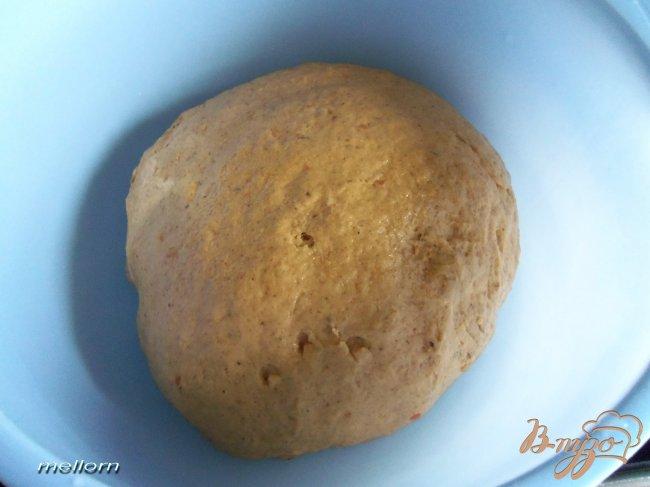 Фото приготовление рецепта: Ржано-пшеничный хлеб с кабачковой икрой шаг №3