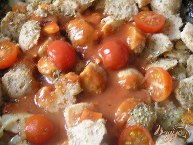 Фото приготовление рецепта: Соевое мясо с черри и орегано шаг №6