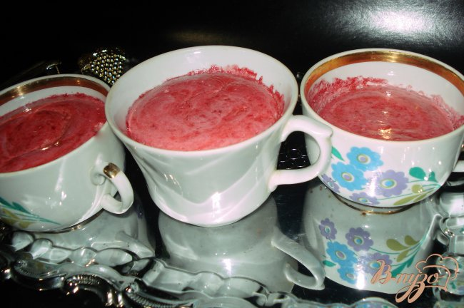 Фото приготовление рецепта: клубника запеченая шаг №6