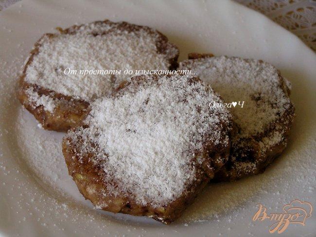 Фото приготовление рецепта: Яблочно-черешневые оладьи шаг №7