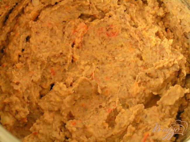 Фото приготовление рецепта: Паштет-закуска из фасоли в кунжутной панировке шаг №4
