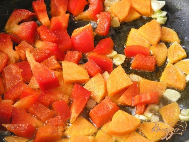 Фото приготовление рецепта: Паштет-закуска из фасоли в кунжутной панировке шаг №2