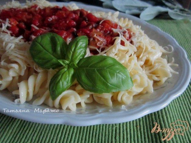 фото рецепта: Фузилли с томатно-овощным соусом