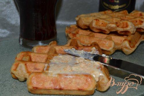 Цельнозерновые вафли с творогом и сыром