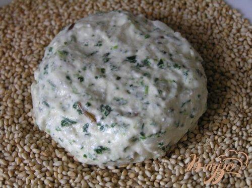 Сырники с рисом и шпинатом в кунжутной панировке