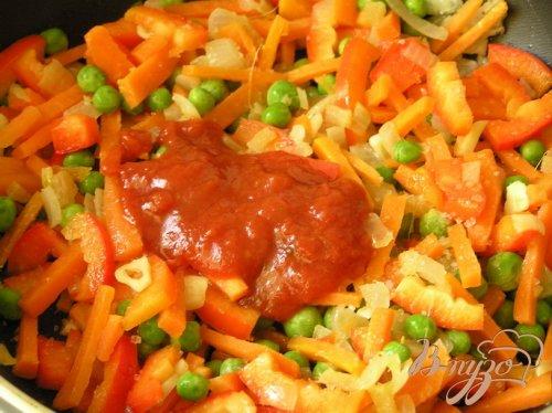 Пряное овощное соте с рисом