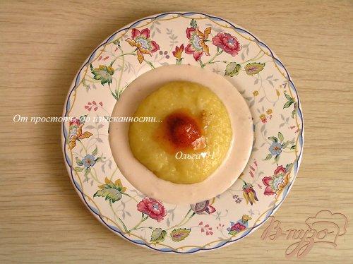 Сырники на пару с кускусом и клубничным соусом