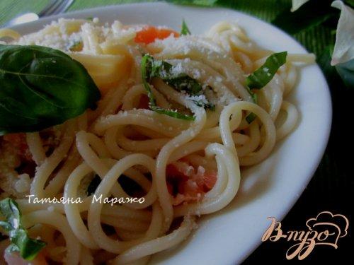 Спагетти с семгой,базиликом и лимоном