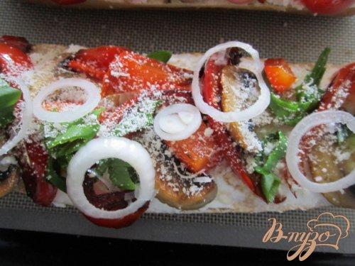 Тартина с рикоттой, грибами и сладким перцем