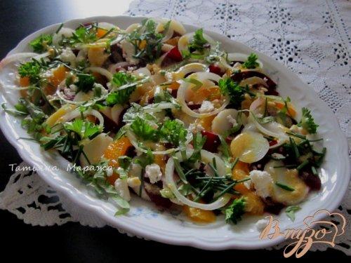 Овощной салат с апельсином и сыром Фета