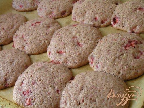 Мягкое клубничное печенье