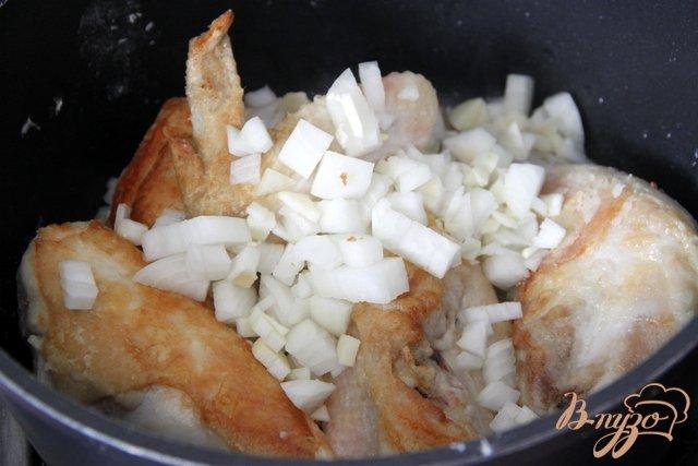 Фото приготовление рецепта: Суп из курицы с сельдереем по-гречески шаг №2