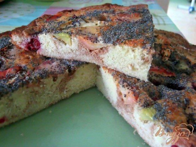 Рецепт Шарлотка с вишней, яблоками и маком