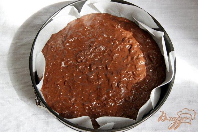 Фото приготовление рецепта: Итальянский шоколадно яблочный пирог шаг №6