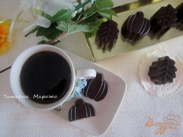 Рецепт Шоколадные конфеты с лимонным кремом и вишневым конфитюром