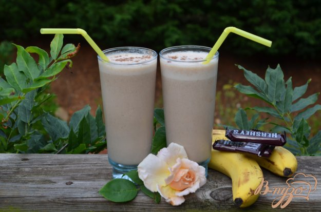 Рецепт Шоколадный банановый смузи