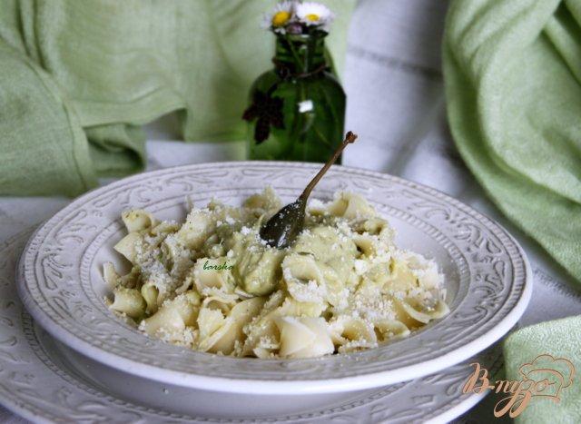 Фото приготовление рецепта: Паста с соусом из авокадо шаг №4