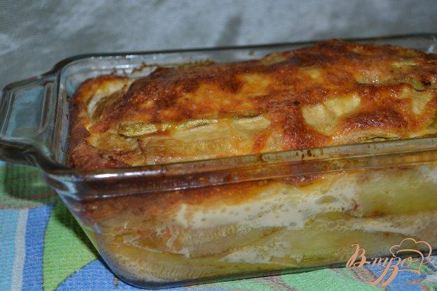 фото рецепта: Запеканка из кабачков с фаршем под сливочным соусом