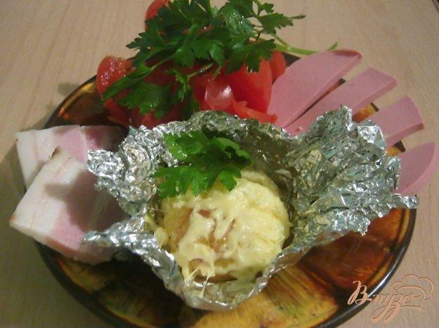 фото рецепта: Картофель под сыром в фольге