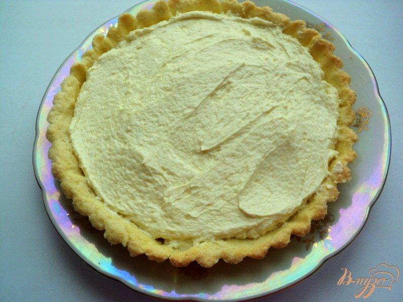 Фото приготовление рецепта: Тарт с заварным кремом «Ягодная поляна» шаг №7
