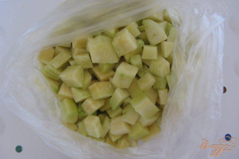 Фото приготовление рецепта: Замороженные кабачки шаг №4