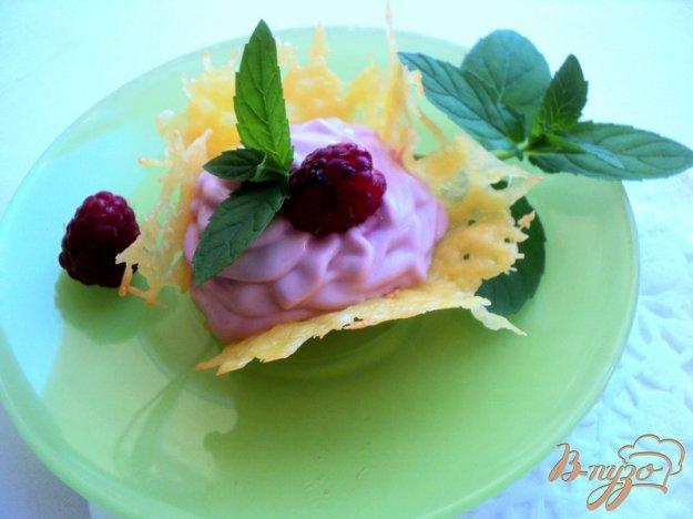 Рецепт Сырные корзиночки с творожно-малиновым кремом.