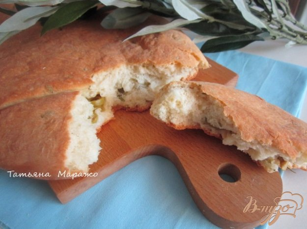 фото рецепта: Фугасс с розмарином и оливками
